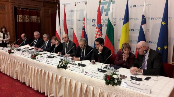 България и Вишеградската група подкрепят силна и адекватно финансирана ОСП