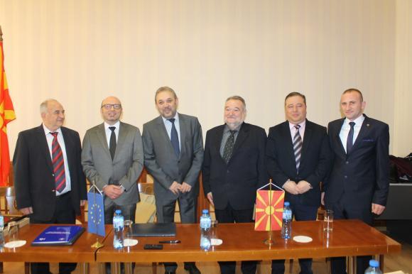 България и Македония ще борят заедно болестите по животните