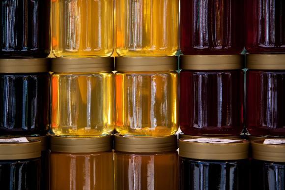 Откраднаха над 650 килограма мед от пчелар от Пловдивско