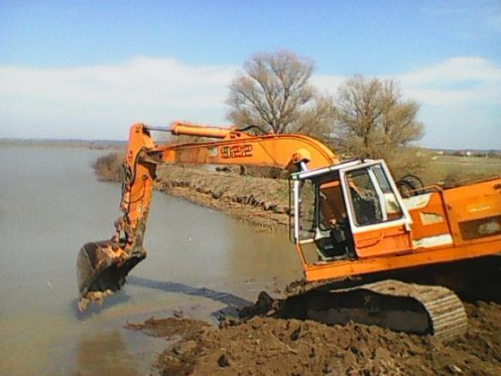 Нова помощ за животновъдите от Бургаско, пострадали от наводненията през 2017 г.