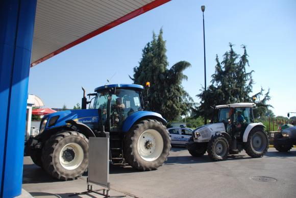 29 браншови организации от земеделието на спешна сбирка по новия закон за горивата