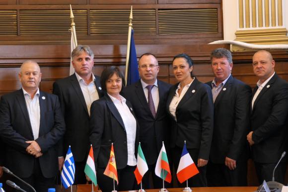 Порожанов се срещна с ръководството на Европейската асоциация на тютюнопроизводителите УНИТАБ