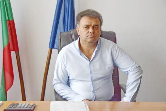 Как кметът на родопското село Борино се бори с демографския срив