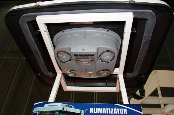 Климатици за трактори и комбайни на ниски цени от ResfriAgro и Оптиком ООД