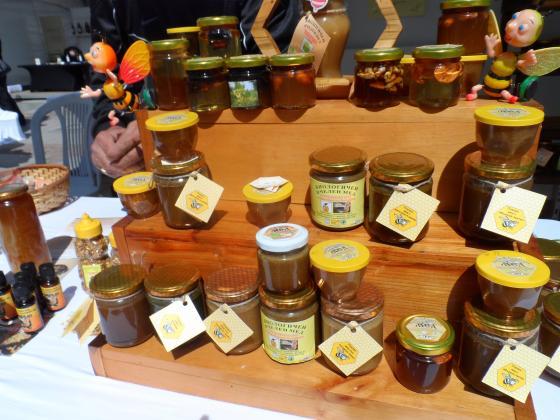 На 25 април фермерският пазар в София е посветен на пчелните продукти