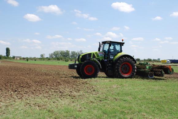 Уволниха селскостопанския министър в Литва заради незаконно стопанисвана чужда земя