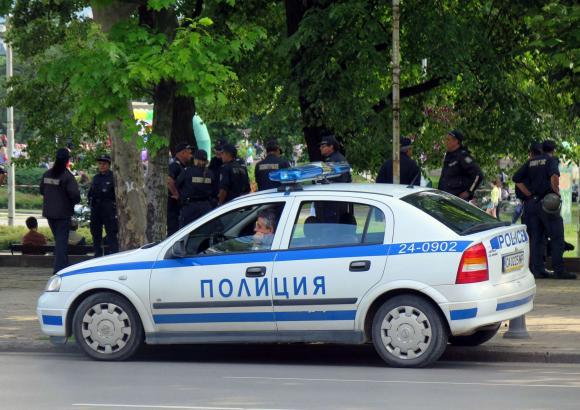 Полицията окоси градинка с канабис в с. Раданово