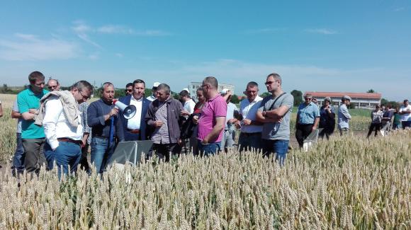 Турски земеделци гостуваха в института в Садово за  Деня на фермера