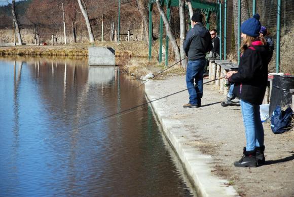 Любителският риболовен сезон в страната е открит