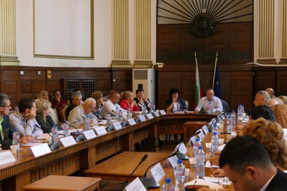 Порожанов: Дебатът за финансирането на ОСП трябва да остане земеделска тема