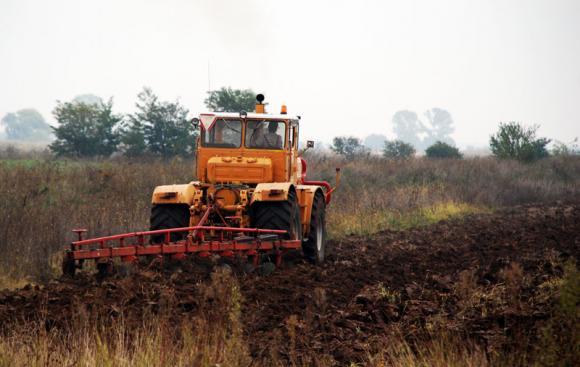 Разяснения от МЗХГ по изменените условия за наем на земеделски земи