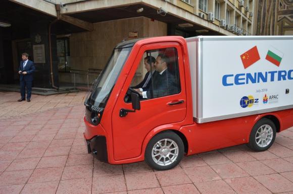 Край Пловдив започва сглобяване на електрически камиони