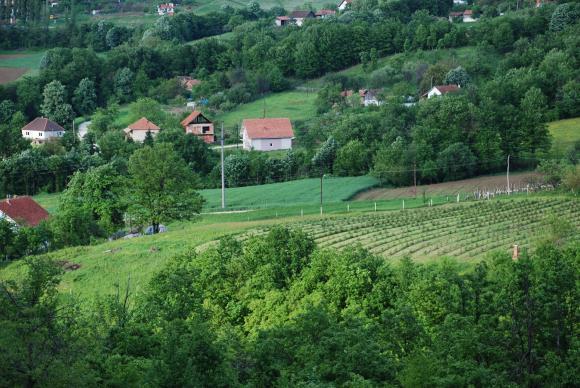 С поземления закон се урежда превръщането на неземеделски земи в ниви