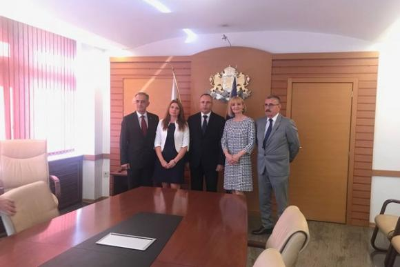 Работна среща на Порожанов с колеги от Македония