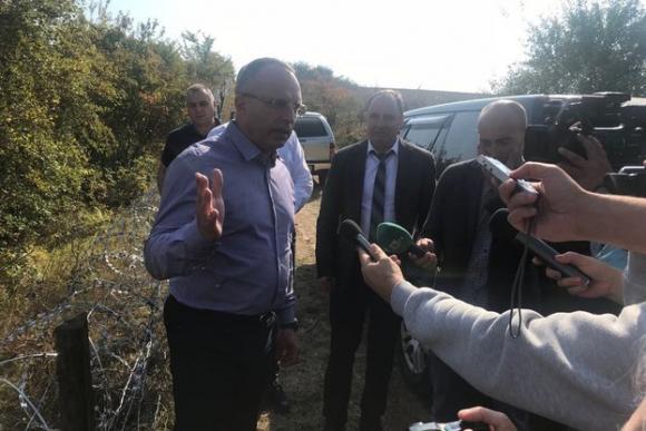 Порожанов ще иска румънците да спрат лова на диви свине