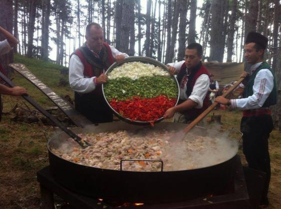 Фестивал на селската кухня в рамките на Фермер Експо Раковски 2018