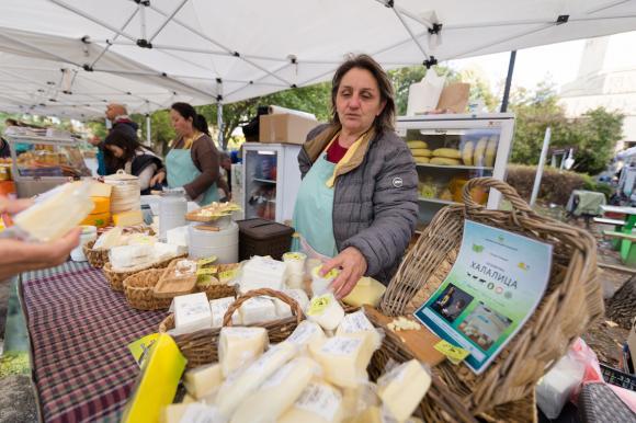 Втори ден по време на Месомания има и фермерски пазар пред Интер Експо Център