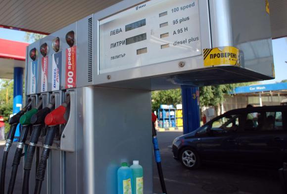 Между 4 и 6 декември ще се пуснат 73 млн. лева за акциза при горивата
