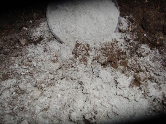 Варуване на почвата – защо, кога и как да го правим