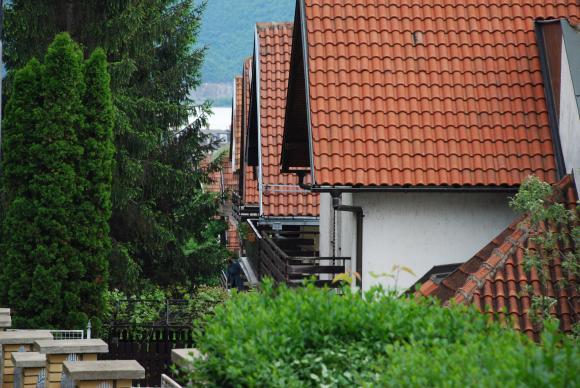 Общините ще пълнят хазната с по-високи данъци върху вили в курортите