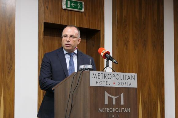 Порожанов: И при забавяне на новата ОСП, това няма да се отрази на плащанията