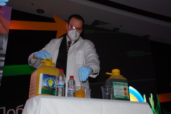 Как правилно да смесваме препаратите за растителна защита