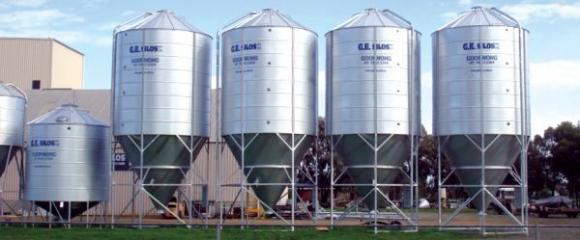 Украйна компенсира 30 на сто от разходите на производители при изграждането на силози