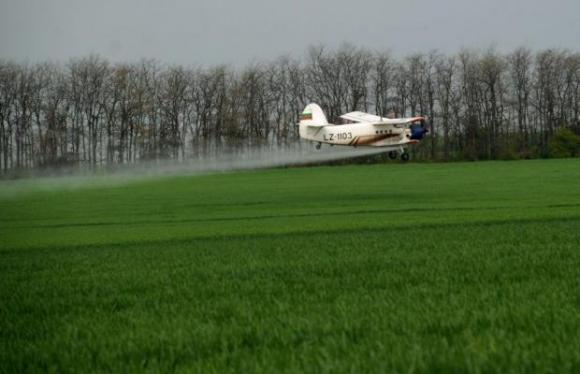Пестициди и антибиотици, използвани в животновъдството, се откриват във водните пътища на Европа