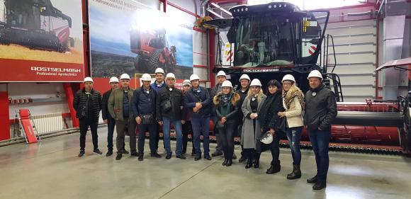 Какво видя българска група фермери в заводите на Rostselmash?