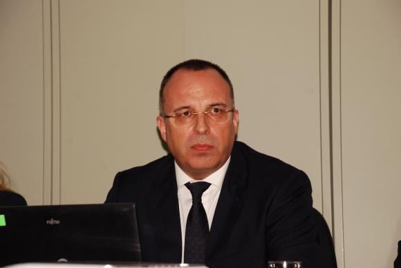 Порожанов готов да подаде оставка при искане на Борисов