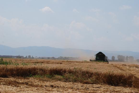 Ще се работи по законодателство за безпилотното управление на тракторите