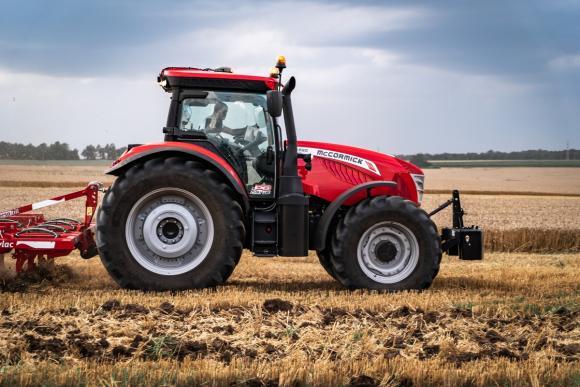 Оптиком стартира изкушаваща промоция за трактори McCormick X6 и X7