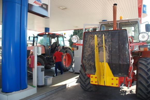 Остъпката при газьола пада от 38 на 37 стотинки, изчислиха от министерството на земеделието