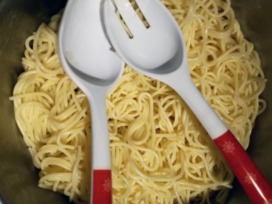 Спагети с кайма и зрял боб