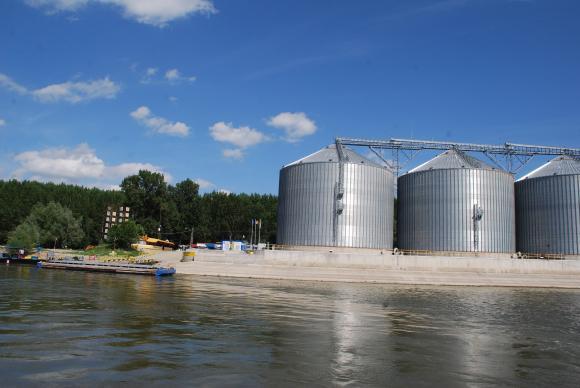 """От """"Елана"""" съветват на 3 февруари да сте готови с проектите за зърнени складове"""