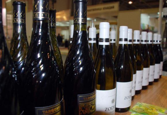 Няма да постигнем двоен ръст на износа на  вино за Китай заради коронавируса
