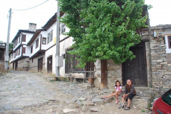 Горските ще доставят храна и лекарства на възрастни хора в недостъпни села в Югозападна България