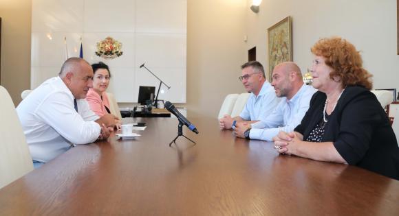 Борисов обещал на зеленчукопроизводителите обратно начисляване на ДДС, но след депутатската ваканция