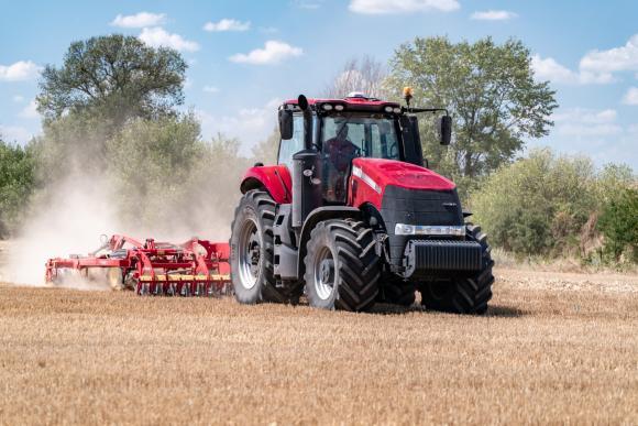 Българските земеделци споделят за опита си с Case IH Magnum