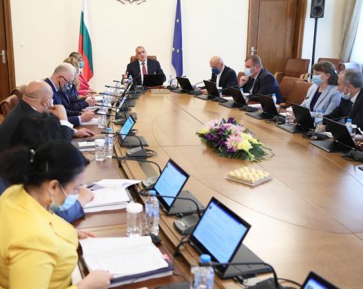 Кабинетът гласува нови 12,2 млн. лв. за покриване на ДДС за общинските проекти
