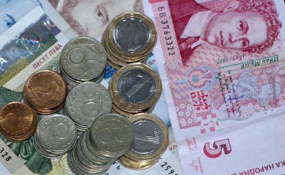 Кабинетът реши средната пенсия през 2021 г. да се повиши със 77 лева