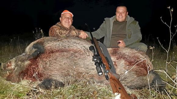 В Хасковско отстреляха глиган с тегло почти 300 килограма