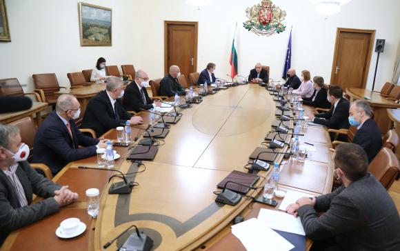 На 17 декември Борисов ще реши с колко да се удължи извънредната обстановка заради Ковид