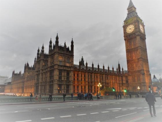 Спадът в износа на храни и напитки от Великобритания забавя темпо