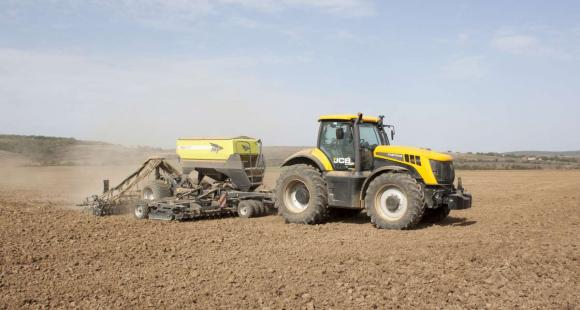 Рекордната реколта увеличи търсенето на трактори в Австралия с 38 на сто