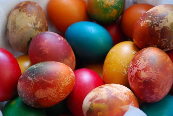 За разлика от останалите храни само яйцата не поскъпват преди Великден