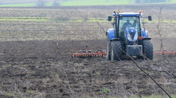Европейската комисия прие 75 процента от почвите да бъдат оздравени до 2030 година