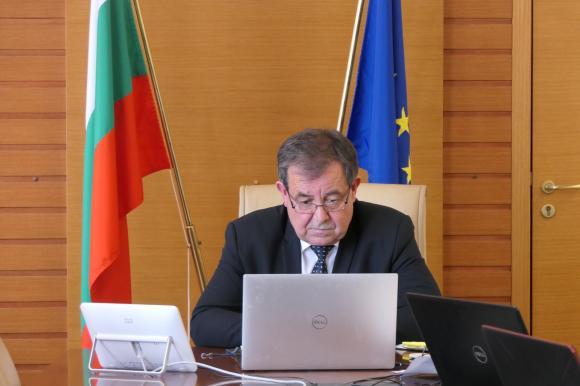 Бозуков: Ще търсим възможности за удължаване на приема по подмярка 4.1