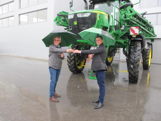 """Нова техника изстрелва """"Агримарт"""" в орбитата на най-добрите земеделски компании в страната"""