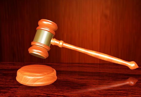 Затвор за престъпна група от 13 души, точила ДДС от търговия със захар